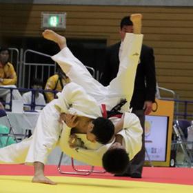 男子は東京都が2年ぶりV、女子は福岡県が2連覇―柔道成年男子と女子