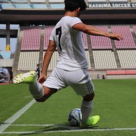 茨城、女子の思いを胸に初優勝―サッカー成年男子
