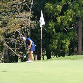 茨城が成年男子の団体と個人で優勝ーゴルフ